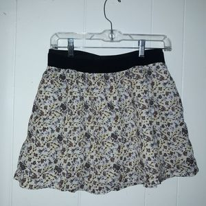 Old Navy Small flower patterned skirt